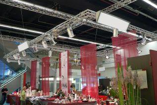 Dekorativer Messestand von Fink auf über 180 m²